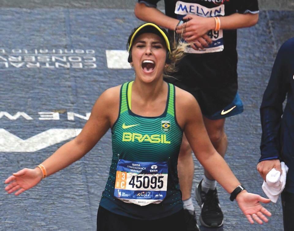 Tati melhorou em 25 minutos seu tempo na Maratona de Nova York Foto: Arquivo pessoal
