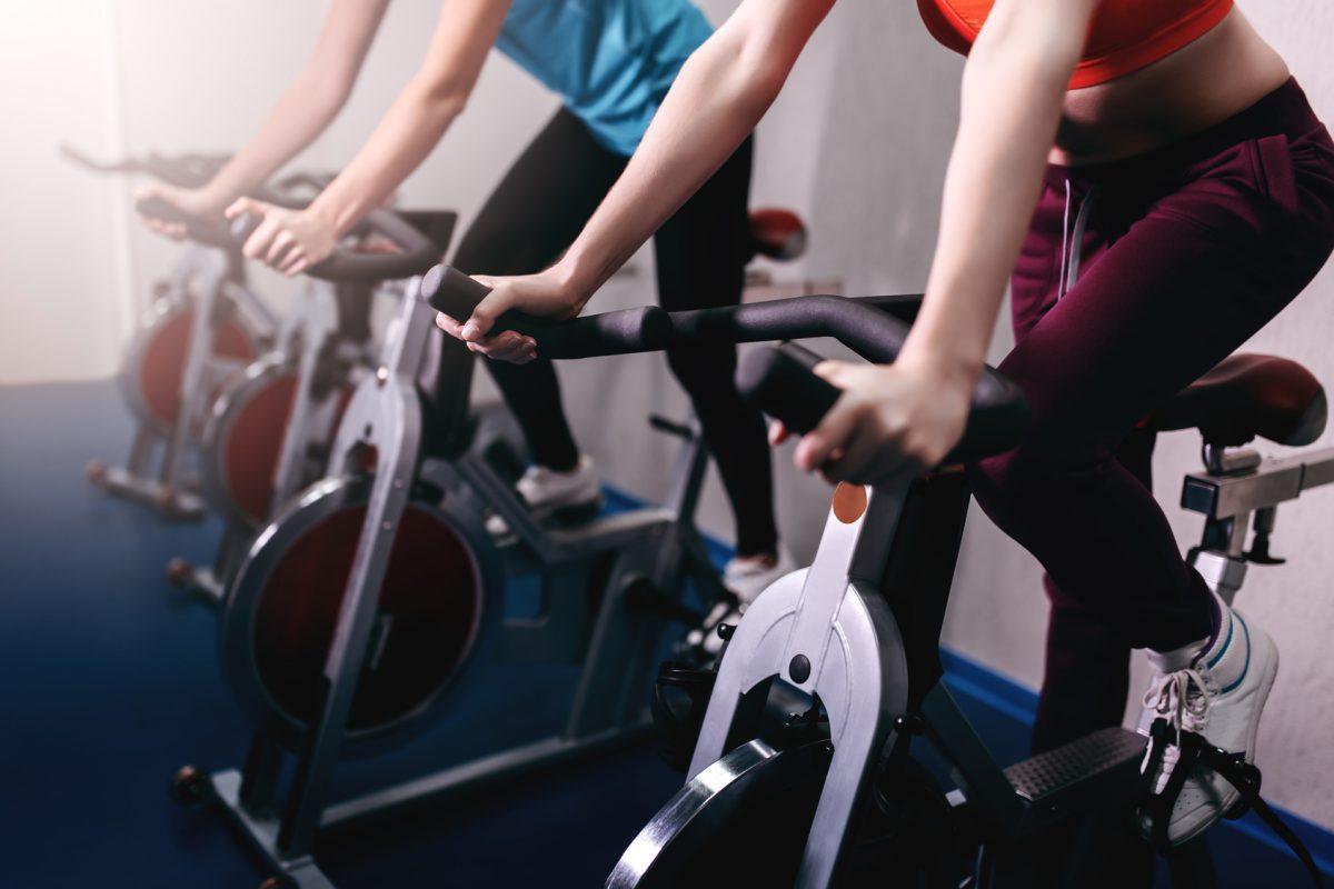 Bike indoor: benefícios para o corpo e praticidade /Foto: Fotolia
