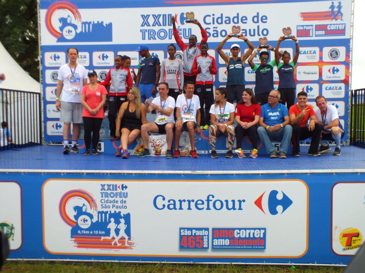 """Foto: Vencedores e Vencedoras 10km/ Marcos Viana """"Pinguim"""""""