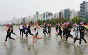 Triathlon para iniciantes: fobia na natação acontece também para quem tem prática