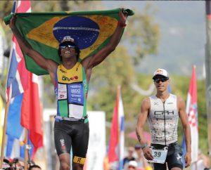 Brasileiros conquistam resultados históricos no mundial de Ironman